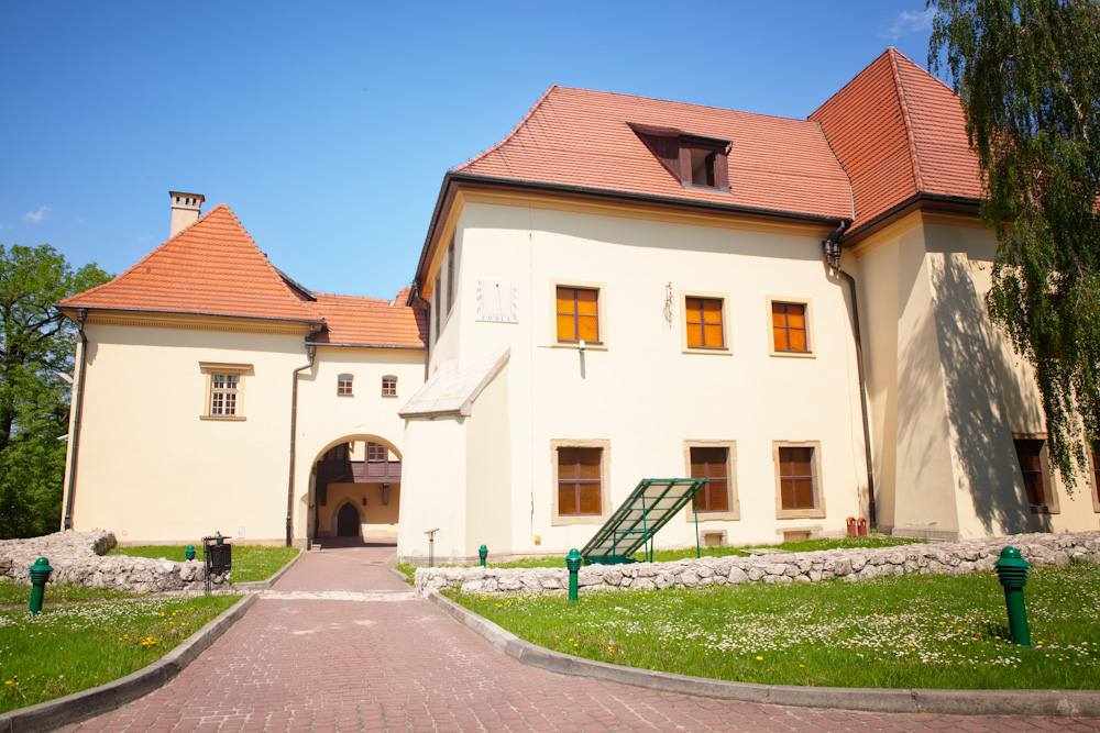 Central Building (13th C)