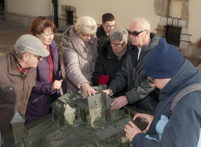 Zamek przyjazny dla niewidomych