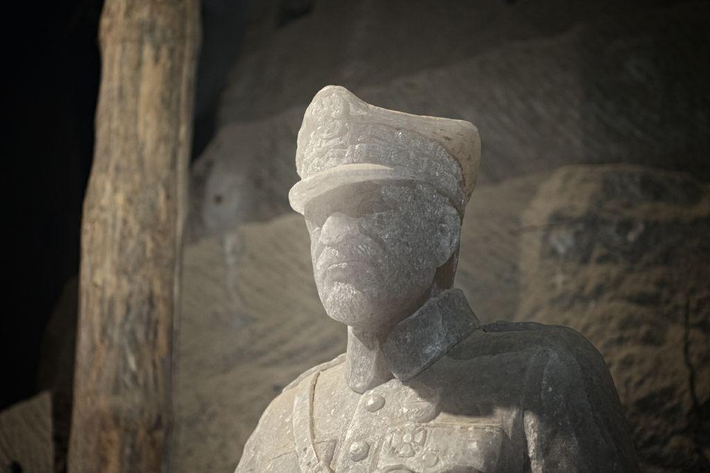 Solny pomnik gen. Józefa Hallera
