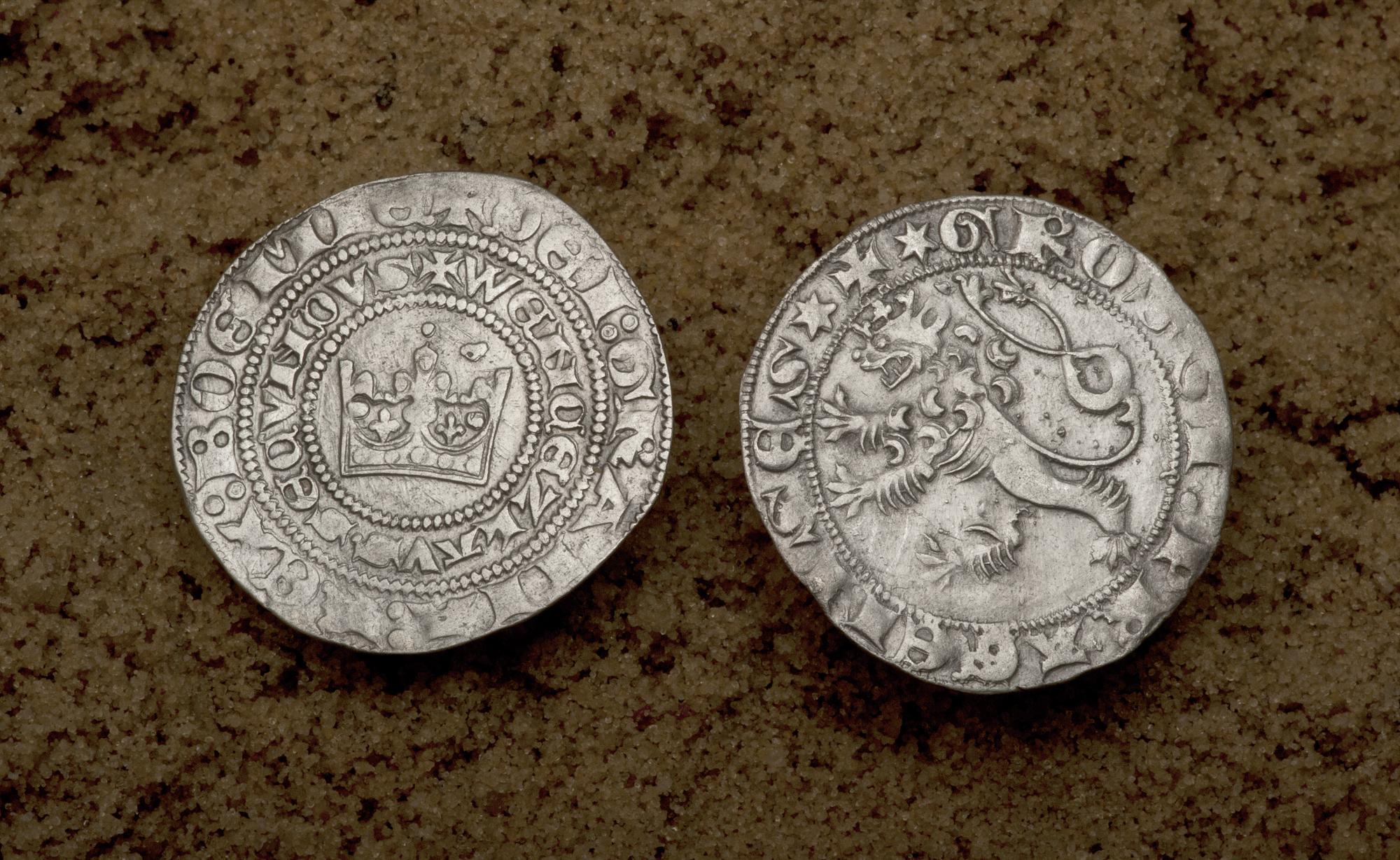 Skarb srebrnych monet