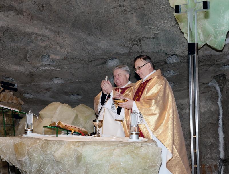 Uroczysta msza w 10. rocznicę śmierci św. Jana Pawła II